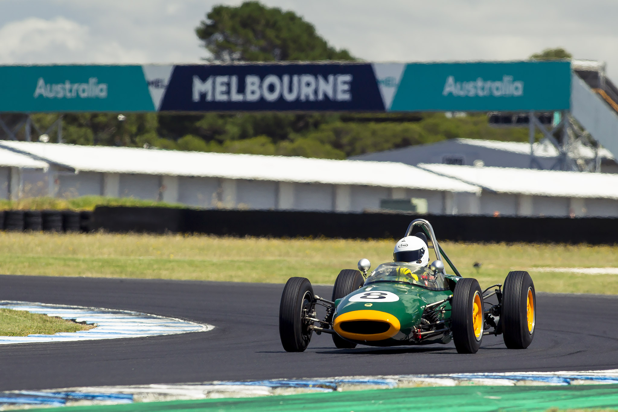 Circuit_Phillip-Island_Historic_Dan-Thompson
